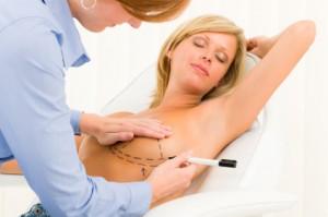 Fjernelse af brystimplantat